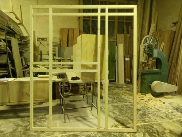 چهارچوب ساخته شده در کارگاه صنایع چوب فن و هنر