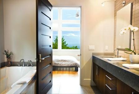 همه چیز در مورد درب های چوبی  - درب چوبی سرویس بهداشتی و رختکن