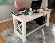 12 ایده زیبا برای دفتر در خانه , میز تحریر در دکوراسیون چوبی منزل