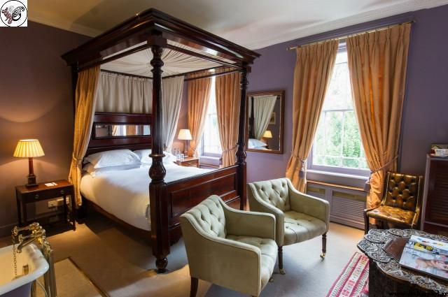 تخت خواب سایبان دار کلاسیک