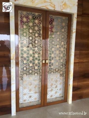درب چوبی فوق براق , پلی استر پوست پوليش٬ پلی استر پوست و پولیش٬ رنگ براق٬ رنگ شفاف