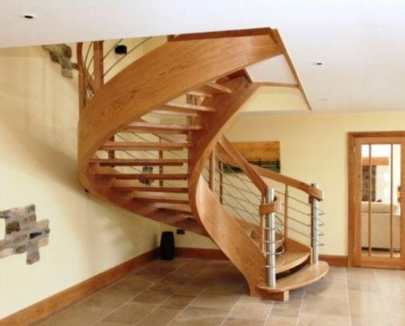 پله پیچ چوب بلوط ، یک اثر خاص و منحصر به فرد