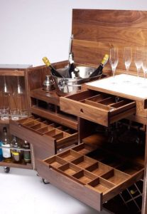 میز و صندلی چوبی بار آشپزخانه