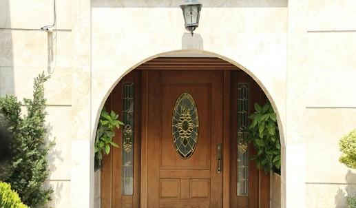 همه چیز در مورد درب های چوبی -  درب چوبی ورودی ساختمان
