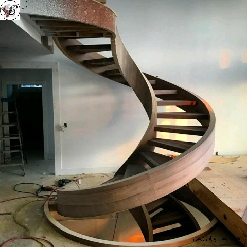 مدل پله پیچ چوبی