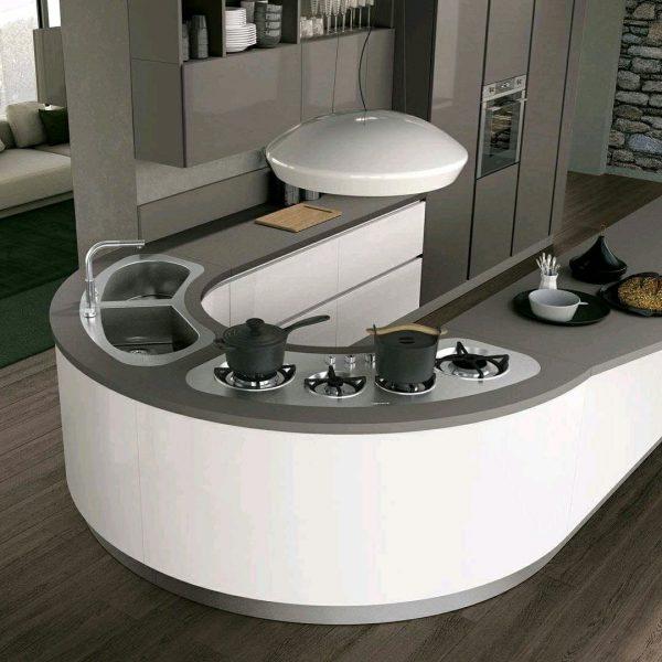 ساخت دکوراسیون آشپزخانه ، اجرای کابینت زمین مدور و گرد ، درب گرد و قوس دار کابینت آشپزخانه