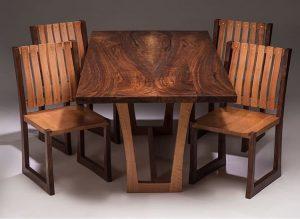 میز و صندلی تمام چوب گردو