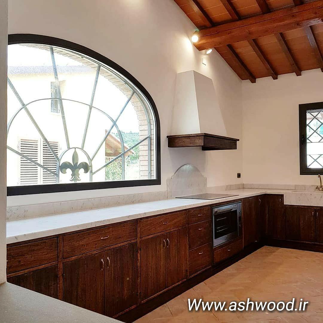 سبک روستیک در معماری و دکوراسیون ویلایی یک آشپزخانه سنتی
