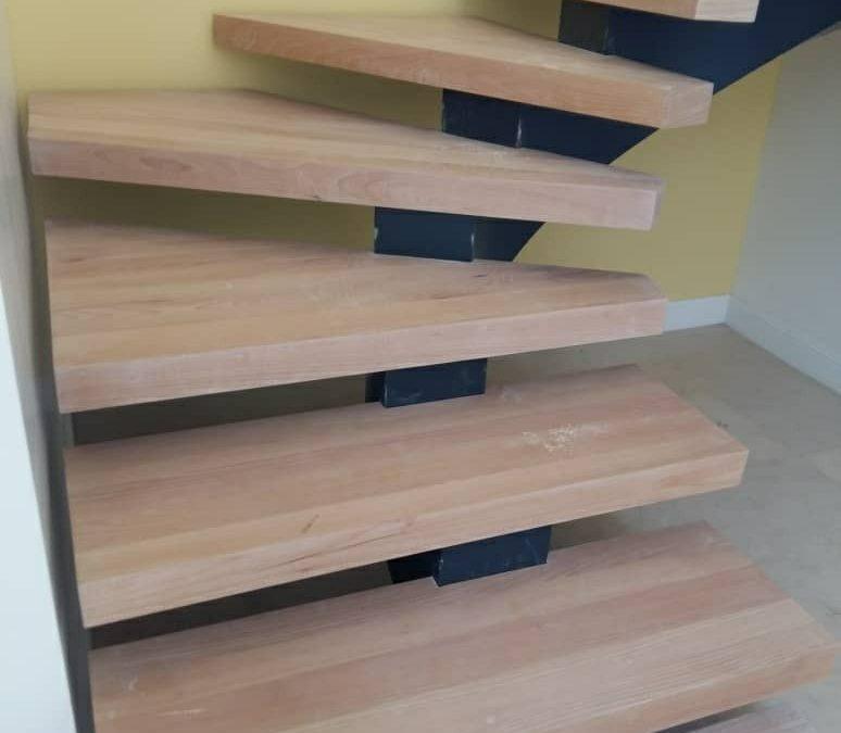 قیمت کف پله چوبی , قیمت هر کف پله با انواع چوب