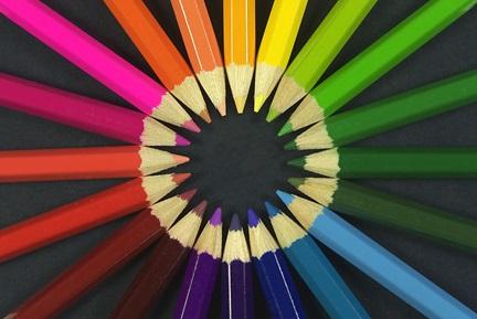 دایره رنگ ها که به عنوان ابزار انتخاب رنگ کاربرد زیادی دارد