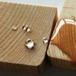 لکه های آب روی سطوح چوبی