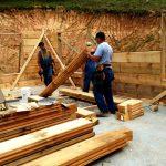 ساخت کلبه چوبی با چوب کاج
