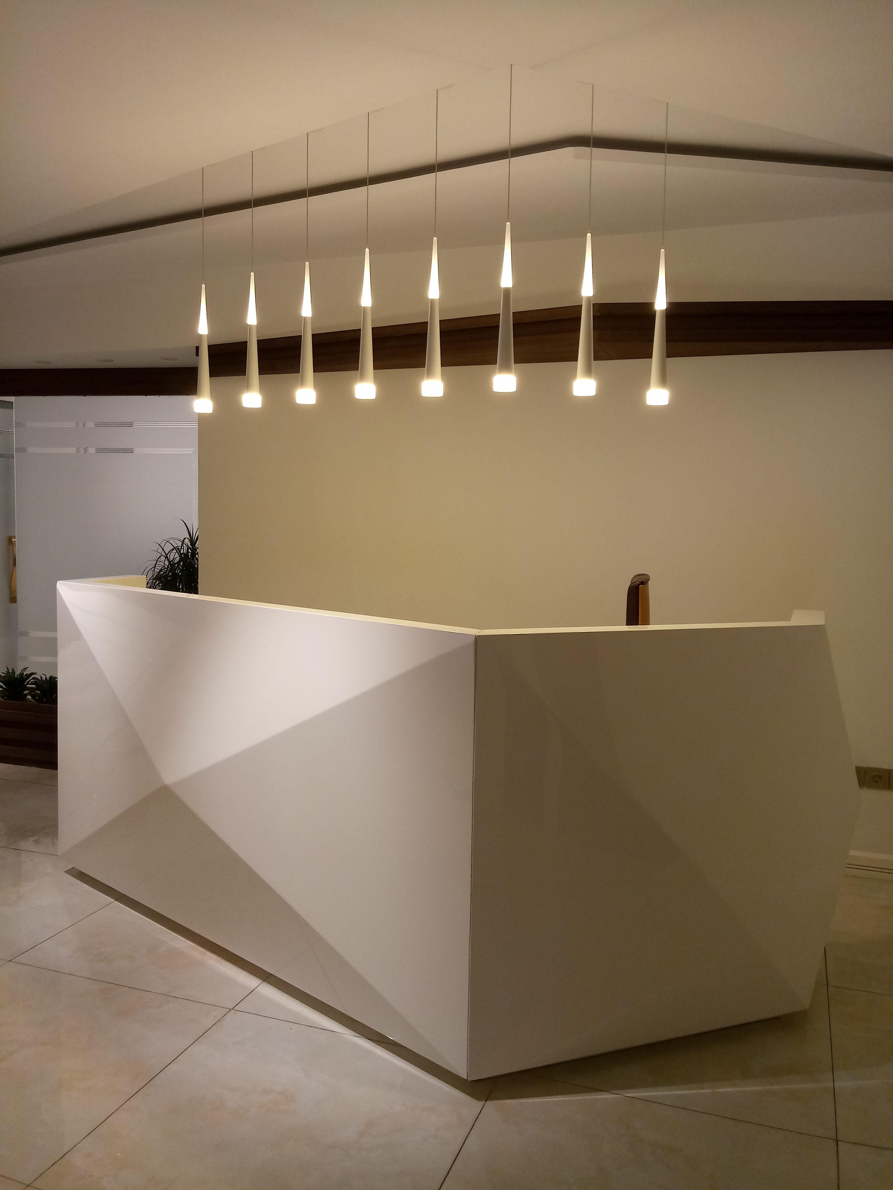 میز منشی ، میز الماس شکل چوبی