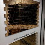 متریال بین دیوار کابینت , استیل و چوب و سرامیک , ایده برای طراحی دیوار پشت کابینت آشپزخانه