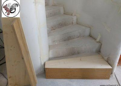 پله با کف چوبی