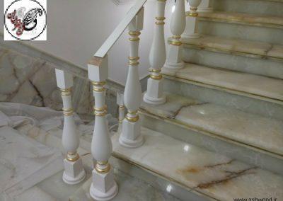 نرده چوبی سبک کلاسیک , نرده راه پله و هندریل , انواع نرده برای راه پله گرد , پله گرد، پله دوبلکس ، پله