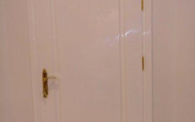 درب چوبی پولیشی شیشه خور براق