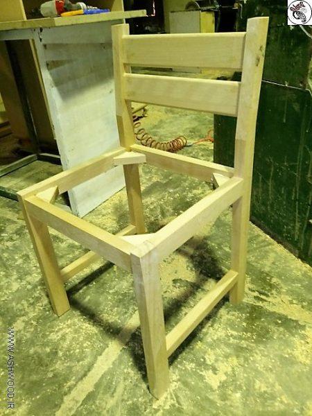 ایده جالب صندلی برای کتابخانه , جایی راحت برای مطالعه , صندلی کف چرمی