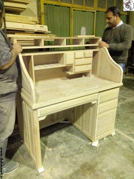 میز تحریر کلاسیک , تصاویر مدل میز تحریر با طرح های جدید و شیک , میز تحریر کتابخانه دار چوب بلوط , ایده و مدل میز تحریر جدید و خلاقانه