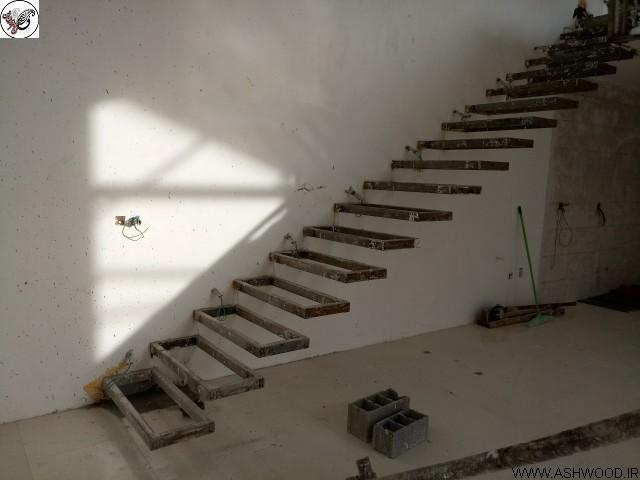 عکس پله فلزی قبل از چوب کاری پله