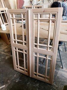 درب سبک سنتی , درب گره چینی , درب چوبی مشبک از چوب راش آلمان