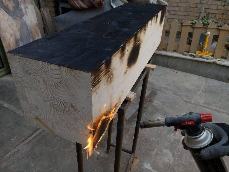 مدل تیر چوبی سندبلاست و کهنه کاری برای سقف