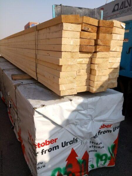 تصویری از چوب کاج وارداتی از روسیه