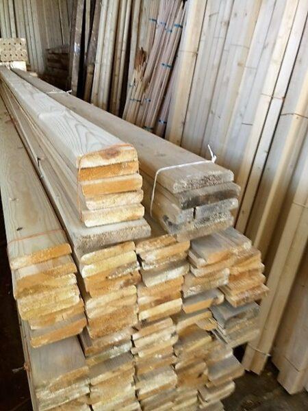 چوب نیمکتی کاج روسی