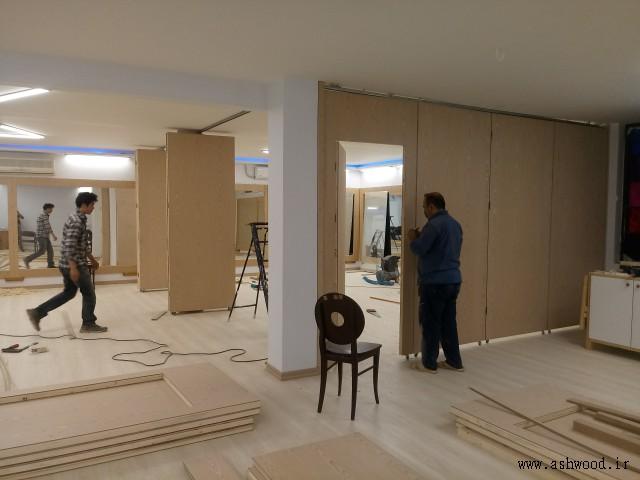 درب چوبی سفارشی ریلی و تاشو , طراحی و ساخت انواع درب چوبی , درب کشویی ریلی , درب تاشو لولایی , صنایع چوب فن و هنر عکس روز 1399