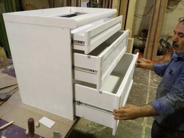 کابینت چوبی سفارشی با روکش بلوط رنگ سفید وایت واش , کابینت سه کشو