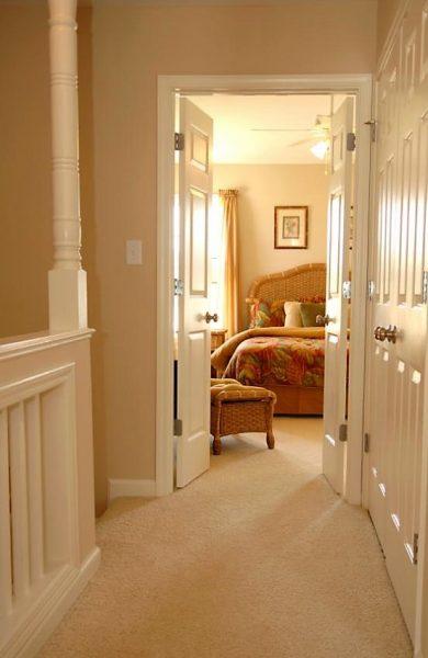 دکوراسیون اتاق خواب , درب اتاق خواب سفید رنگ