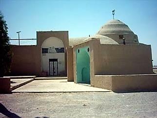 مسجد بیرون ابرکوه
