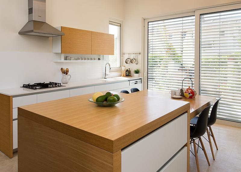 آشپزخانه چوب و رنگ سفید