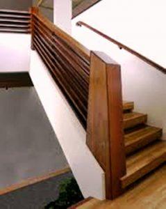 نرده و پله چوبی لوکس , چوب خم نرده