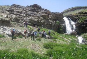 دره ایگل از توابع شمیران جاده رودبار قصران اوشان منطقه زیبای ایگل