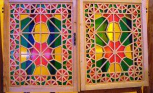پنجره رنگی