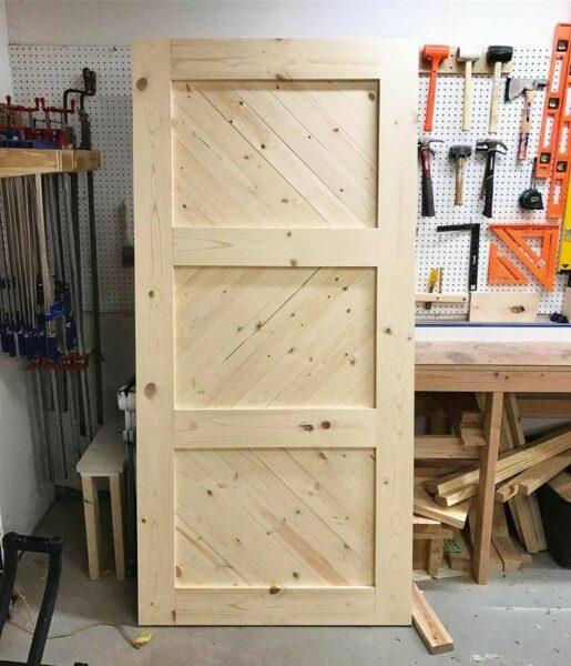 درب تمام چوب سنتی , درب روستیک , درب ساخته شده از تیر و تخته و الوار