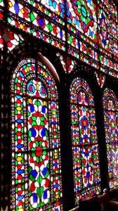 شیشههای رنگی