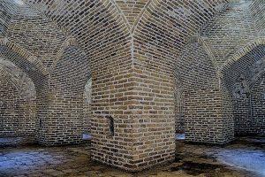 مسجد و کاروانسرای دیوارچین قم معماری ساسانی