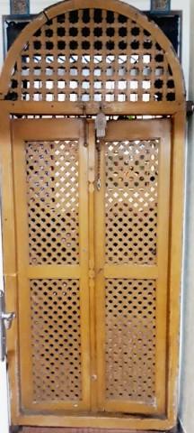 درب چوبی قدیمی جالب