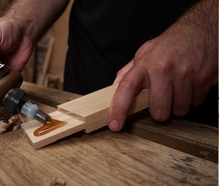 راهنمای خرید بهترین چسب چوب- چسب چوب مخفی