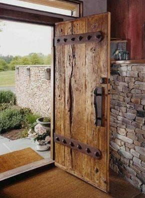 درب های ساخته شده از تخته و الوار سبک روستیک و ویلایی, درب قدیمی