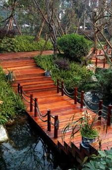 آشنایی با پل چوبی باغ , ساخت پل چوبی مناسب حیاط و فضای سبز