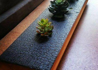 میز چوبی سوخته , دکوراسیون سبک روستیک