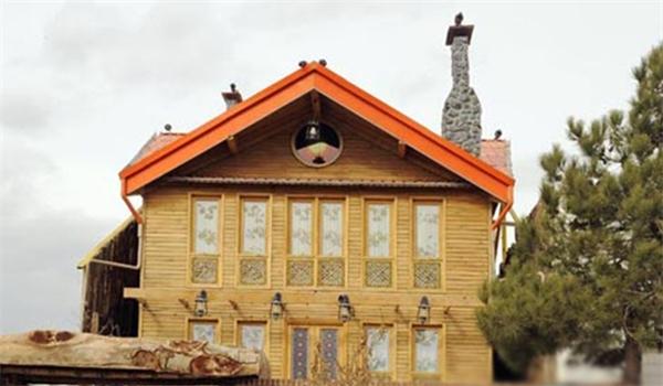 رؤیاییترین خانه در پایتخت , خانه چوبی حکیمیه