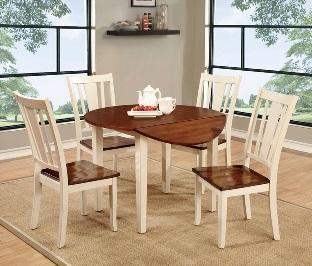 نگهداری از دکوراسیون چوبی منزل – ست میز و صندلی چوبی در شرایط ایده ال