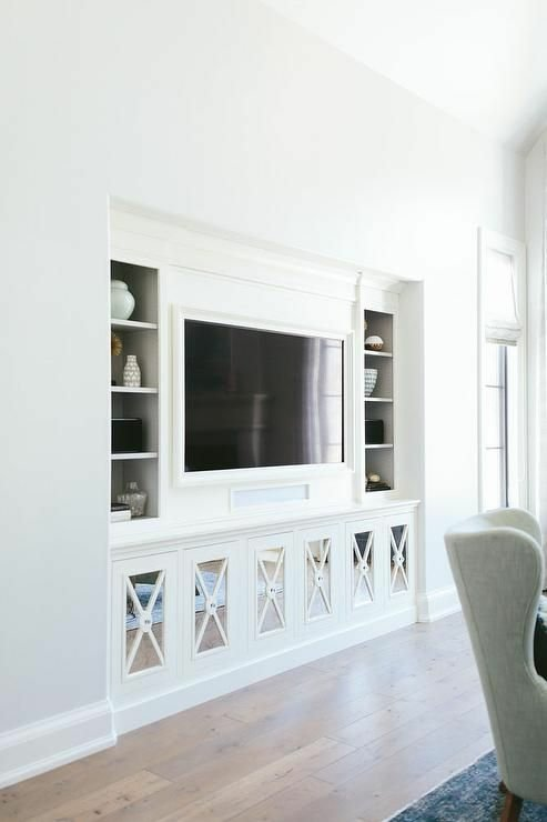 ایده دکوراسیون اتاق نشیمن، قفسه و میز تلویزیون