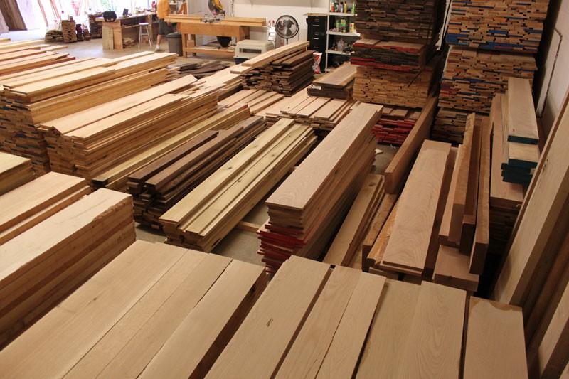 منبت کاری روی چوب