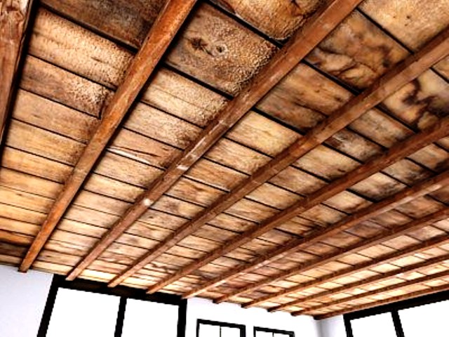 اجرای سقف کاذب و عایق بندی دیوار و سقف کلبه های چوبی با فوم مخصوص