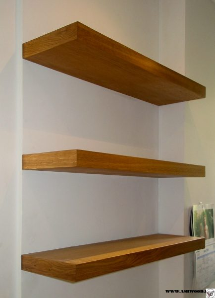 قفسه شناور کتاب , کتابخانه دیواری , دکوراسیون کتابخانه , کتابخانه چوبی